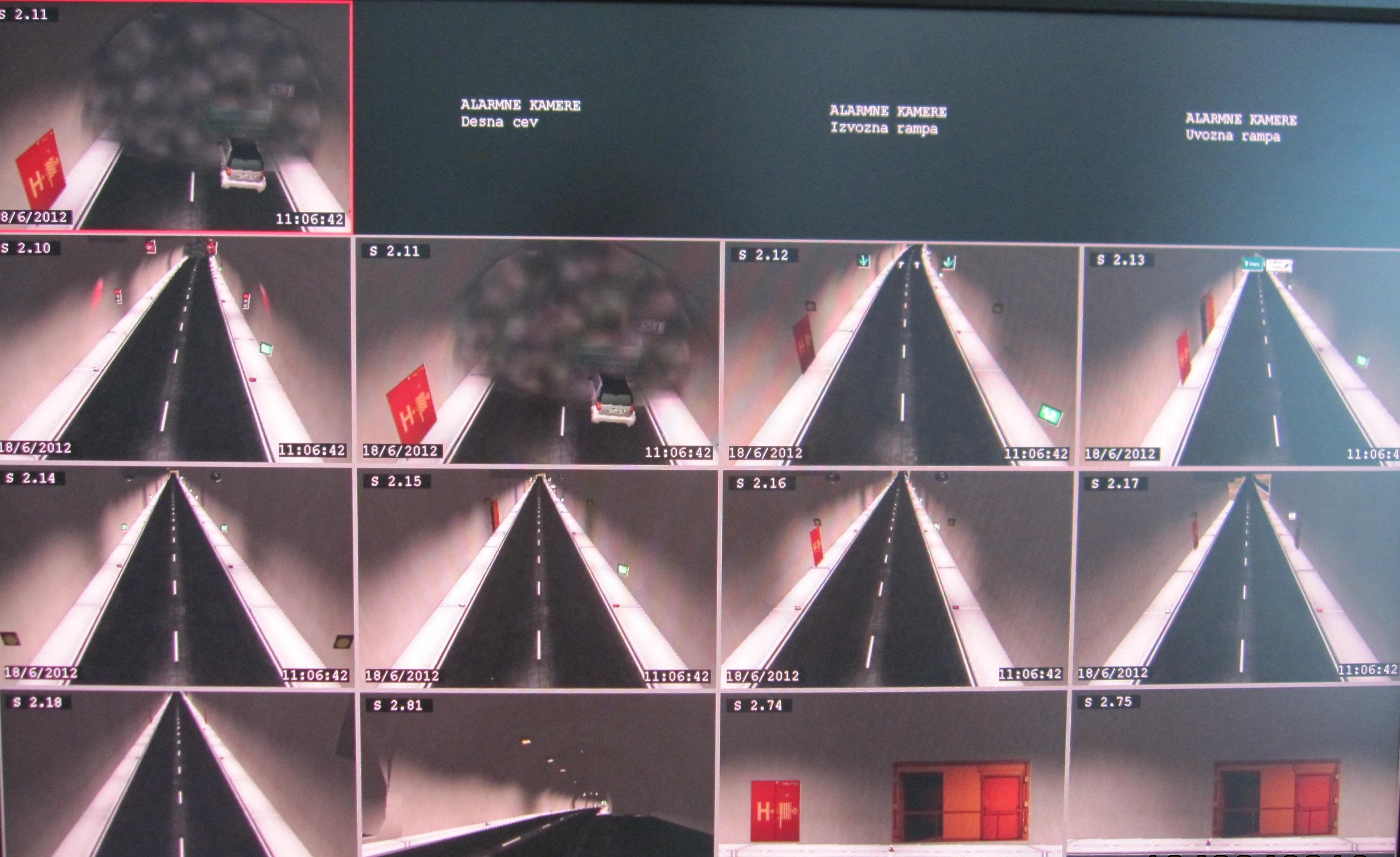 Prikaz požara na računalniški aplikaciji za usposabljanje operaterjev v nadzornem centru