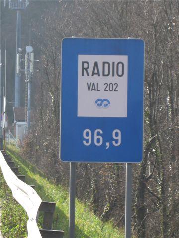 Radijska frekvenca predoru